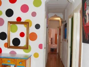 /ca-es/russafa-youth-hostel/hotel/valencia-es.html?asq=jGXBHFvRg5Z51Emf%2fbXG4w%3d%3d
