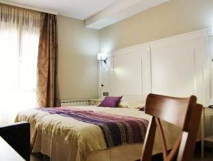 /de-de/hotel-sevilla/hotel/ronda-es.html?asq=jGXBHFvRg5Z51Emf%2fbXG4w%3d%3d