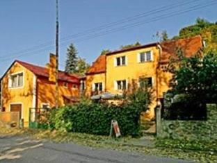 /ko-kr/hostel-havana/hotel/cesky-krumlov-cz.html?asq=jGXBHFvRg5Z51Emf%2fbXG4w%3d%3d