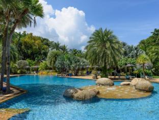 Movenpick Villas & Spa Karon Beach Phuket