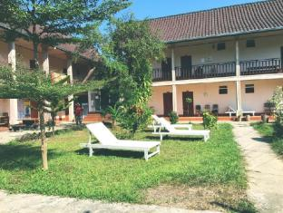 /ar-ae/backpacker-riverside-guesthouse/hotel/vang-vieng-la.html?asq=jGXBHFvRg5Z51Emf%2fbXG4w%3d%3d