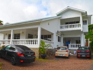 /ca-es/rowsvilla-self-catering-guest-house/hotel/seychelles-islands-sc.html?asq=jGXBHFvRg5Z51Emf%2fbXG4w%3d%3d
