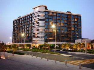 /et-ee/yas-island-rotana-hotel/hotel/abu-dhabi-ae.html?asq=jGXBHFvRg5Z51Emf%2fbXG4w%3d%3d
