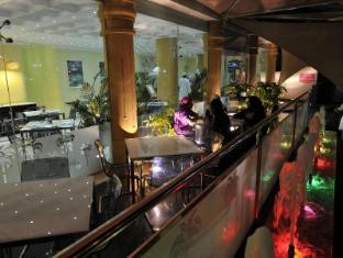 /cs-cz/oman-palm-hotel-suites/hotel/muscat-om.html?asq=jGXBHFvRg5Z51Emf%2fbXG4w%3d%3d