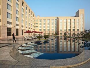 /de-de/radisson-blu-hotel-rudrapur/hotel/rudrapur-uttarakhand-in.html?asq=jGXBHFvRg5Z51Emf%2fbXG4w%3d%3d