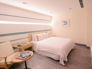 /hi-in/kiwi-express-hotel-kaohsiung-station/hotel/kaohsiung-tw.html?asq=jGXBHFvRg5Z51Emf%2fbXG4w%3d%3d
