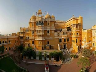 /da-dk/deogarh-mahal-resort/hotel/deogarh-in.html?asq=jGXBHFvRg5Z51Emf%2fbXG4w%3d%3d