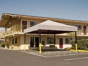 /bg-bg/americas-best-value-inn-and-suites-petaluma/hotel/pentaluma-ca-us.html?asq=jGXBHFvRg5Z51Emf%2fbXG4w%3d%3d