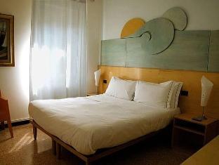 /cs-cz/affittacamere-tonino-basso/hotel/vernazza-it.html?asq=jGXBHFvRg5Z51Emf%2fbXG4w%3d%3d