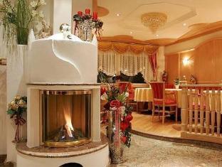 /nl-nl/garni-schenk/hotel/selva-di-val-gardena-it.html?asq=jGXBHFvRg5Z51Emf%2fbXG4w%3d%3d