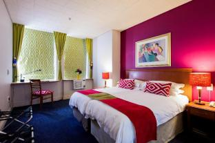 /ar-ae/cape-town-lodge-hotel/hotel/cape-town-za.html?asq=jGXBHFvRg5Z51Emf%2fbXG4w%3d%3d