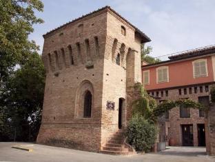 /bg-bg/hotel-castello-di-santa-vittoria/hotel/santa-vittoria-d-alba-it.html?asq=jGXBHFvRg5Z51Emf%2fbXG4w%3d%3d