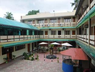 Gnanams Hotel