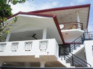 /ca-es/sam-s-guest-house/hotel/unawatuna-lk.html?asq=jGXBHFvRg5Z51Emf%2fbXG4w%3d%3d