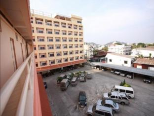 /cs-cz/p-a-place-hotel/hotel/nakhon-sawan-th.html?asq=jGXBHFvRg5Z51Emf%2fbXG4w%3d%3d