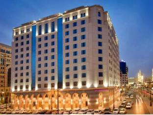 فندق كراون بلازا المدينة