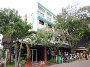 /da-dk/river-inn-hotel/hotel/kanchanaburi-th.html?asq=jGXBHFvRg5Z51Emf%2fbXG4w%3d%3d