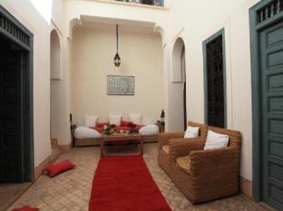 /uk-ua/dar-aicha-guest-house/hotel/marrakech-ma.html?asq=jGXBHFvRg5Z51Emf%2fbXG4w%3d%3d