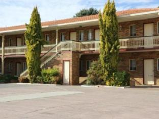 /cs-cz/grand-manor-motor-inn/hotel/queanbeyan-au.html?asq=jGXBHFvRg5Z51Emf%2fbXG4w%3d%3d