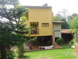/ro-ro/residencial-iguazu-villa-14/hotel/puerto-iguazu-ar.html?asq=jGXBHFvRg5Z51Emf%2fbXG4w%3d%3d