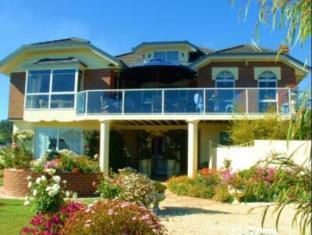 /ca-es/moonlight-bay-b-b-guest-house/hotel/ulverstone-au.html?asq=jGXBHFvRg5Z51Emf%2fbXG4w%3d%3d