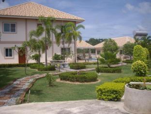 Narnia Resort Pattaya 2