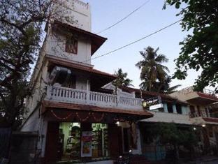 /ca-es/hotel-coramandal-heritage/hotel/pondicherry-in.html?asq=jGXBHFvRg5Z51Emf%2fbXG4w%3d%3d