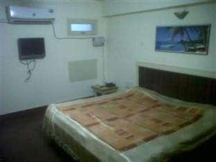 /ca-es/hotel-raj-deluxe/hotel/allahabad-in.html?asq=jGXBHFvRg5Z51Emf%2fbXG4w%3d%3d