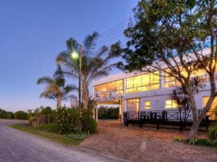 /da-dk/sunshowers-plett-guesthouse/hotel/plettenberg-bay-za.html?asq=jGXBHFvRg5Z51Emf%2fbXG4w%3d%3d