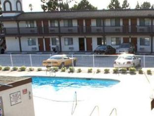 /da-dk/ez-8-motel-newark/hotel/newark-ca-us.html?asq=jGXBHFvRg5Z51Emf%2fbXG4w%3d%3d