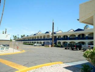 /cs-cz/days-inn-phoenix-airport/hotel/phoenix-az-us.html?asq=jGXBHFvRg5Z51Emf%2fbXG4w%3d%3d