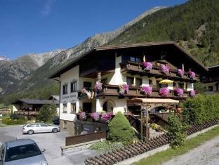/vi-vn/tirolerheim-gruner/hotel/solden-at.html?asq=jGXBHFvRg5Z51Emf%2fbXG4w%3d%3d