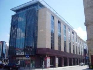 /en-au/just-apartments/hotel/wroclaw-pl.html?asq=jGXBHFvRg5Z51Emf%2fbXG4w%3d%3d