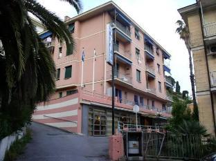 /vi-vn/hotel-zurigo/hotel/varazze-it.html?asq=jGXBHFvRg5Z51Emf%2fbXG4w%3d%3d
