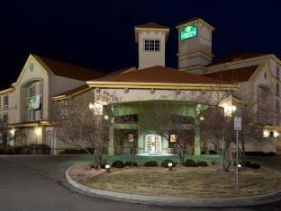 /de-de/la-quinta-inn-suites-denver-airport-dia/hotel/denver-co-us.html?asq=jGXBHFvRg5Z51Emf%2fbXG4w%3d%3d