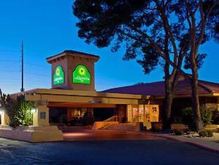 /cs-cz/la-quinta-inn-phoenix-north/hotel/phoenix-az-us.html?asq=jGXBHFvRg5Z51Emf%2fbXG4w%3d%3d