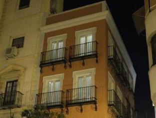 /de-de/apartamentos-sevilla-centro/hotel/seville-es.html?asq=jGXBHFvRg5Z51Emf%2fbXG4w%3d%3d