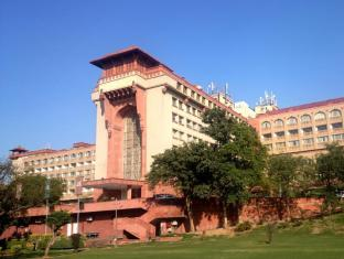/fi-fi/the-ashok-hotel/hotel/new-delhi-and-ncr-in.html?asq=jGXBHFvRg5Z51Emf%2fbXG4w%3d%3d