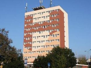 /cs-cz/izabella/hotel/pulawy-pl.html?asq=jGXBHFvRg5Z51Emf%2fbXG4w%3d%3d