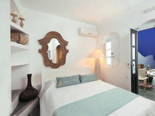 /el-gr/aqua-luxury-suites-santorini/hotel/santorini-gr.html?asq=jGXBHFvRg5Z51Emf%2fbXG4w%3d%3d