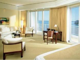 /sl-si/mandarin-oriental-miami/hotel/miami-fl-us.html?asq=jGXBHFvRg5Z51Emf%2fbXG4w%3d%3d