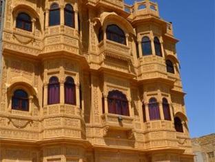 /cs-cz/hotel-ajanta-haveli-a-unit-of-ratnawali-camps/hotel/jaisalmer-in.html?asq=jGXBHFvRg5Z51Emf%2fbXG4w%3d%3d