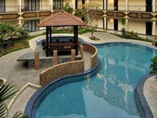 /bg-bg/yusro-hotel-restaurant-convention/hotel/jombang-id.html?asq=jGXBHFvRg5Z51Emf%2fbXG4w%3d%3d