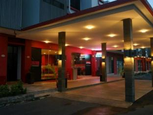 Centro By Orchardz Hotel
