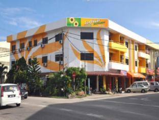 /da-dk/sunflower-express-hotel/hotel/pontian-my.html?asq=jGXBHFvRg5Z51Emf%2fbXG4w%3d%3d