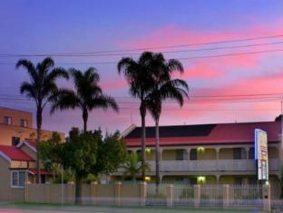 /bg-bg/argyle-terrace-motor-inn/hotel/batemans-bay-au.html?asq=jGXBHFvRg5Z51Emf%2fbXG4w%3d%3d