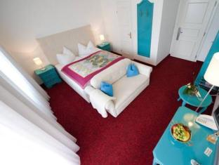 /hi-in/hotel-garni-seevilla-wolfgangsee/hotel/st-wolfgang-im-salzkammergut-at.html?asq=jGXBHFvRg5Z51Emf%2fbXG4w%3d%3d