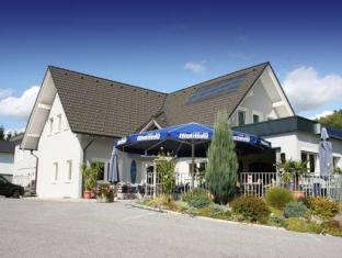 /cs-cz/cafe-bar-hotel-highway/hotel/lieboch-at.html?asq=jGXBHFvRg5Z51Emf%2fbXG4w%3d%3d