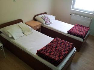 /bg-bg/simple-accommodation-vodmat/hotel/ljubljana-si.html?asq=jGXBHFvRg5Z51Emf%2fbXG4w%3d%3d