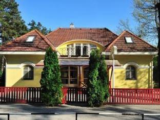 /nl-nl/the-corner-house-panzio/hotel/tata-hu.html?asq=jGXBHFvRg5Z51Emf%2fbXG4w%3d%3d